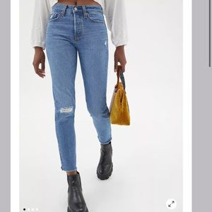 NWT Levi's Wedgie High Rise Ankle Jeans Sz 25